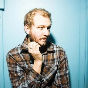 Bon Iver - Can't Make You Love Me