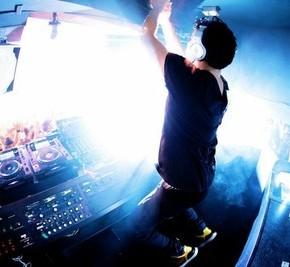 SXSW 2012: DJ R3HAB