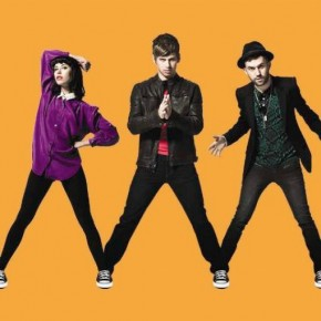 Kimbra, Mark Foster & A-Trak - Warrior (Converse)